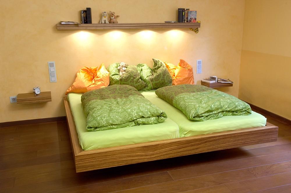 schwebendes bett schreinerei buchal krings. Black Bedroom Furniture Sets. Home Design Ideas